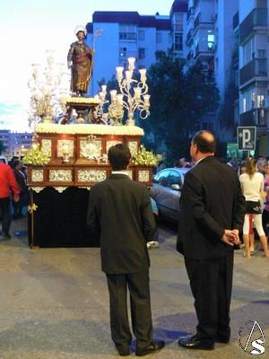 Resultado de imagen de salida procesional de la imagen de San José Obrero sevilla